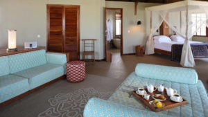 Infinite_Africa_Travel_Mozambique_Coral_Lodge_Bedroom_Breakfast